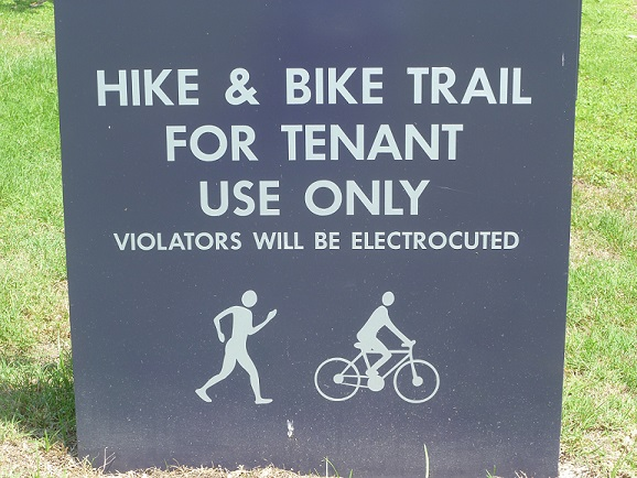 A sign saying that violators will be electrocuted