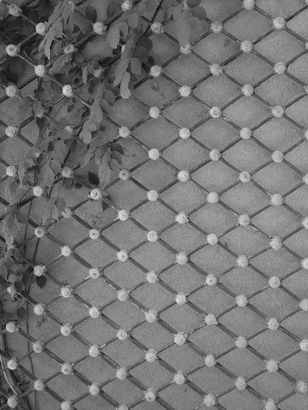 A wall at Chapel Dulcinea, photo in black and white