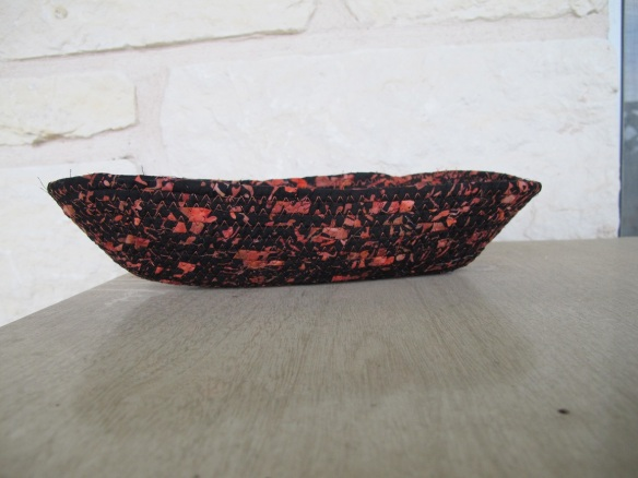 Fabric bowl from leftover quilt fabric