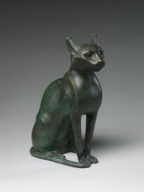 Egyptian cat statuette, 332-330 BCE