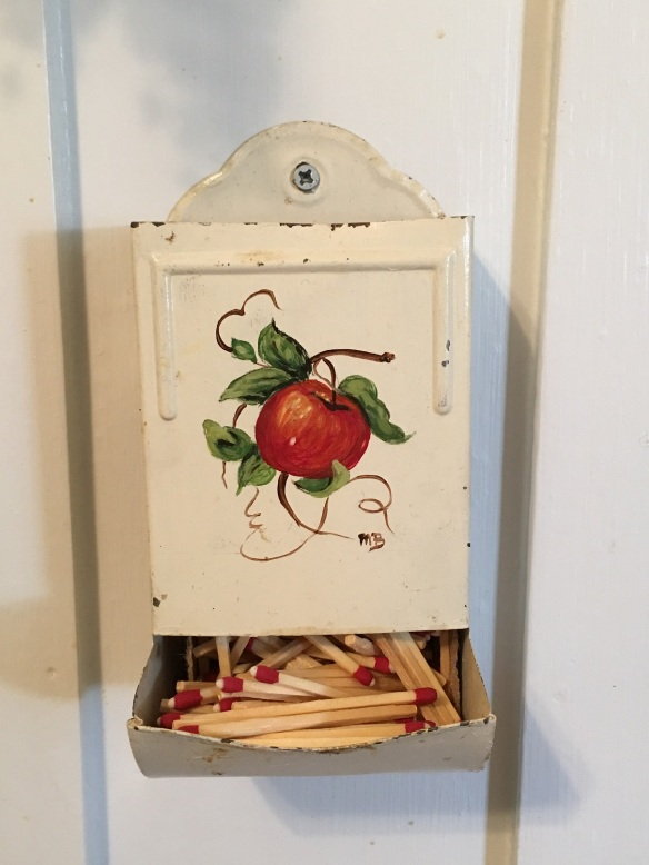 a-kitchen-matches-s