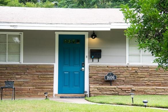 Door 1606 Blue