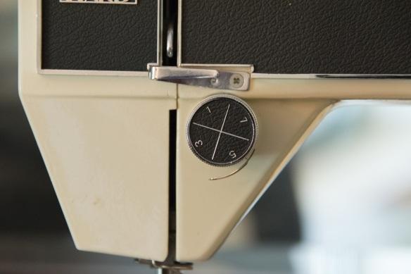 Montgomery Ward sewing machine (18)