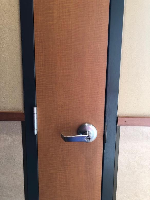 00s Narrow Door Taco Bell (1)