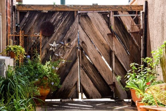Ticka's gate