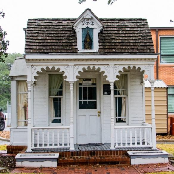 Doll House (2)