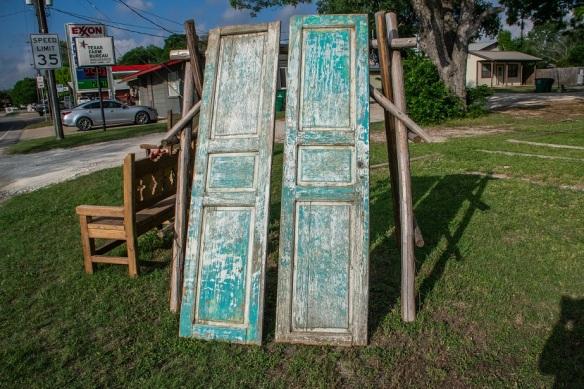 Doors no hinges (2)
