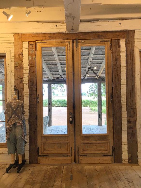 00s Magnolia Pearl Doors (3)